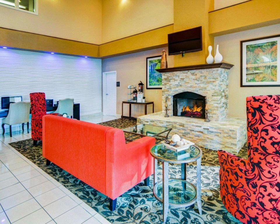 Lobby Comfort Suites Longview North