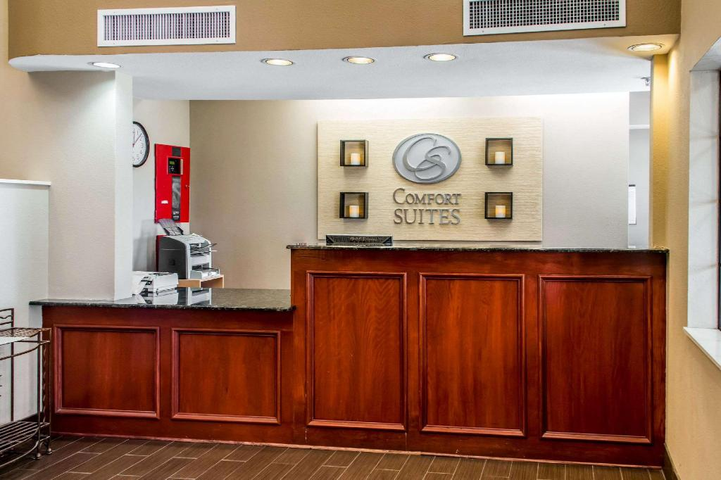 Lobi Comfort Suites Round Rock - Austin North I-35