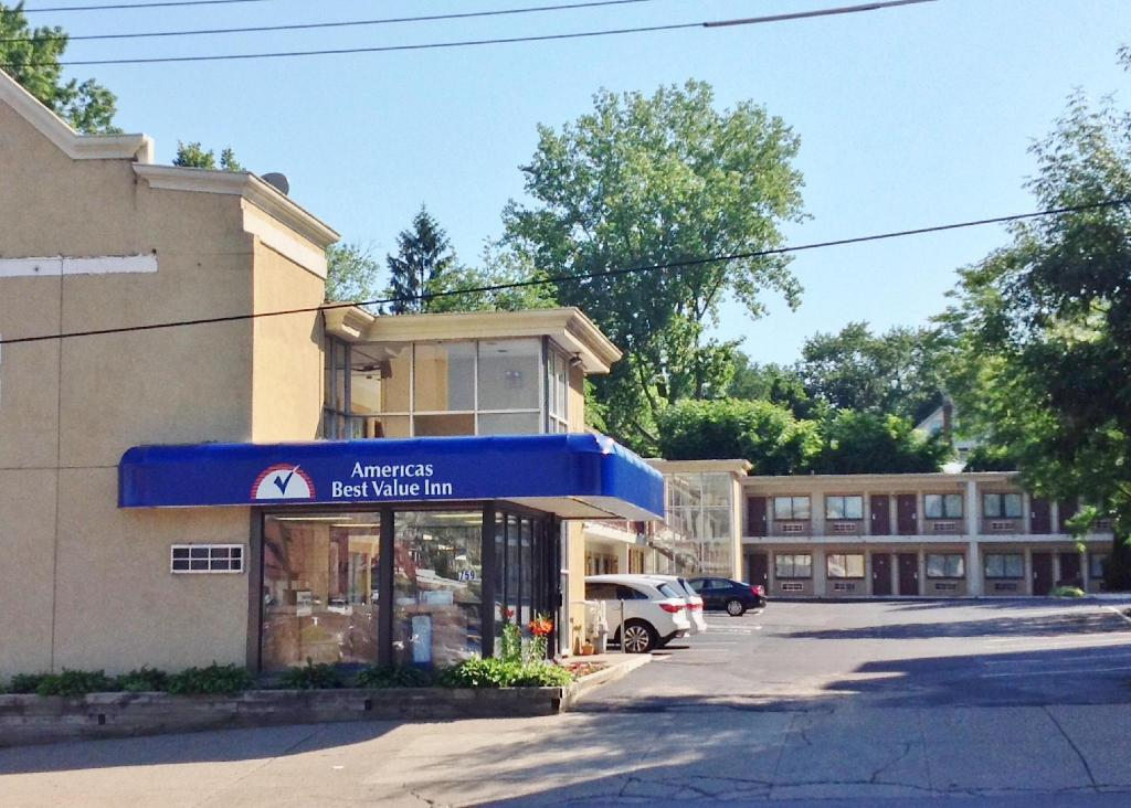 More About Americas Best Value Inn Schenectady Ny