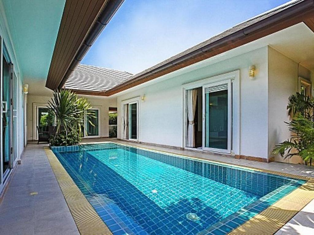 Rossawan Pool Villa in Pattaya - Room Deals, Photos & Reviews