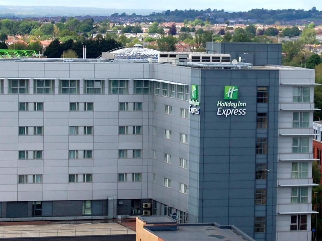 斯溫頓市中心智選假日飯店 (Holiday Inn Express Swindon City Centre)