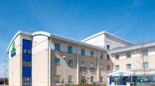 Holiday Inn Express Cardiff Airport