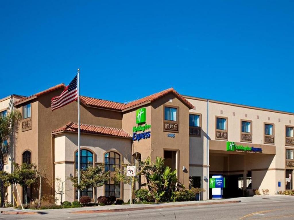holiday inn express hotel suites hermosa beach in los. Black Bedroom Furniture Sets. Home Design Ideas