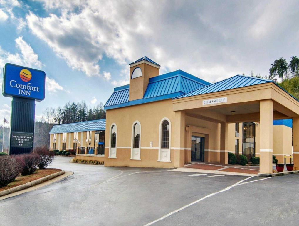 More about Comfort Inn near Martinsville Speedway