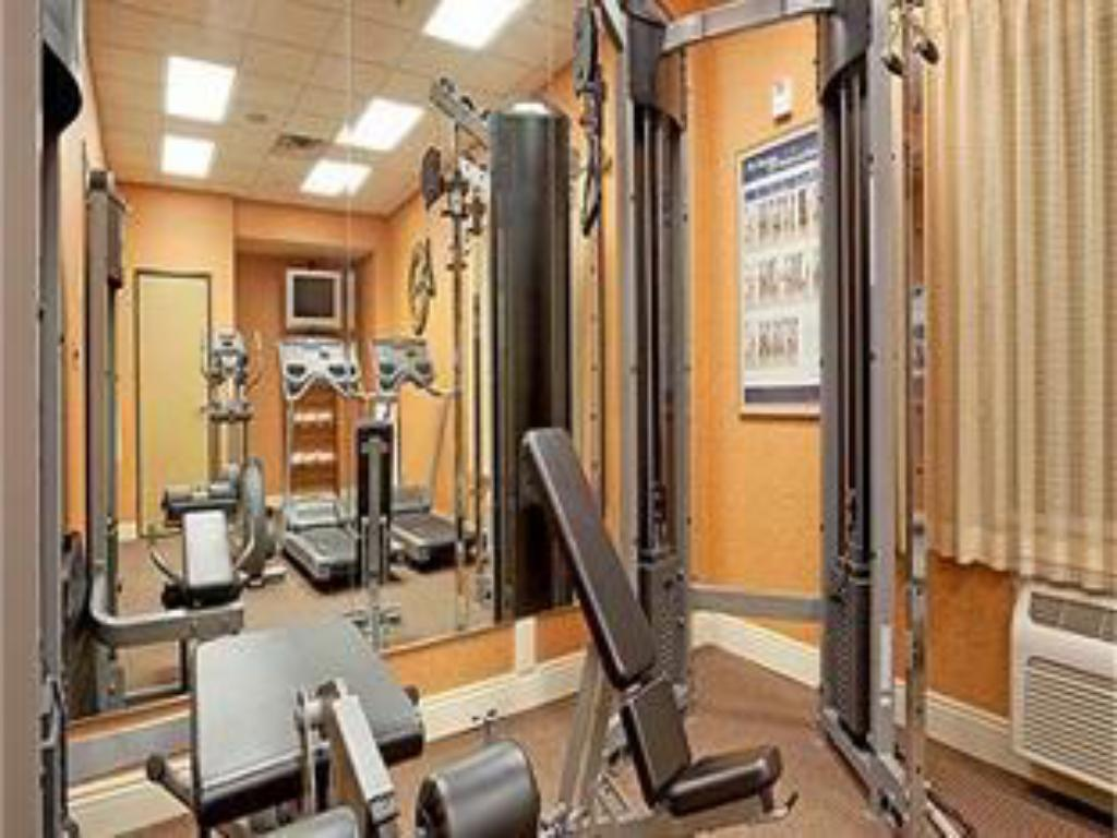 Fitness center Holiday Inn Hotel & Suites Maple Grove Northwest Minneapolis-Arbor Lakes