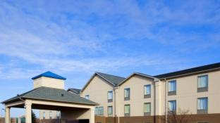 Best Western Plus Bourbonnais Hotel & Suites