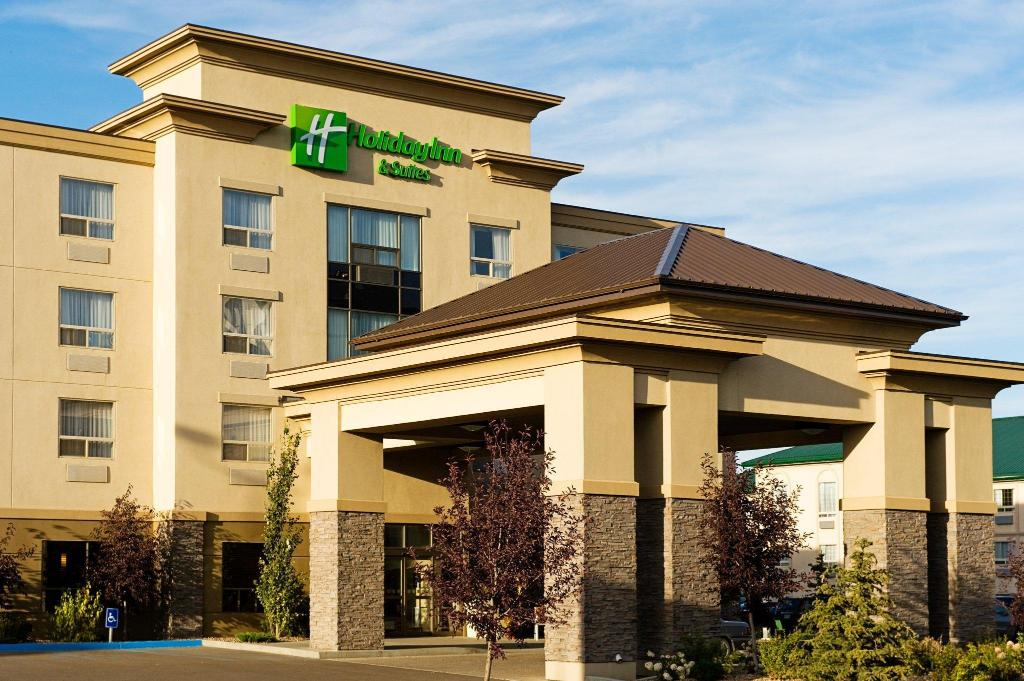 More about Holiday Inn & Suites Lloydminster
