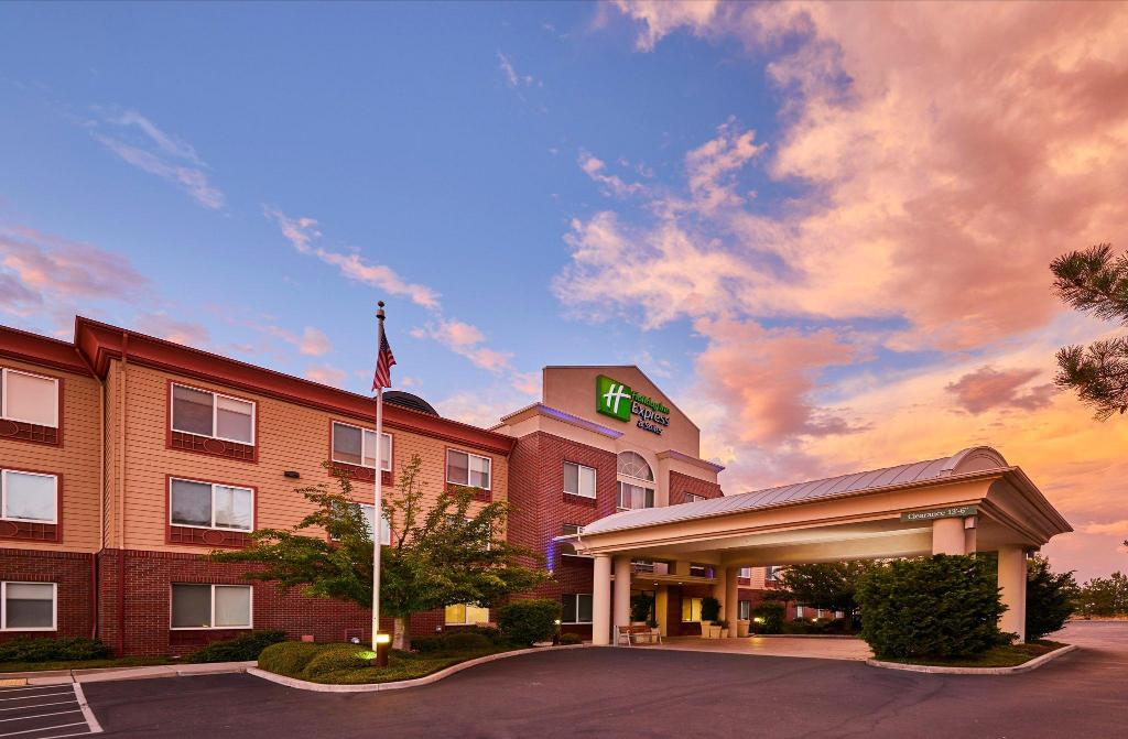 Exterior view Holiday Inn Express Hotel & Suites Medford-Central Point
