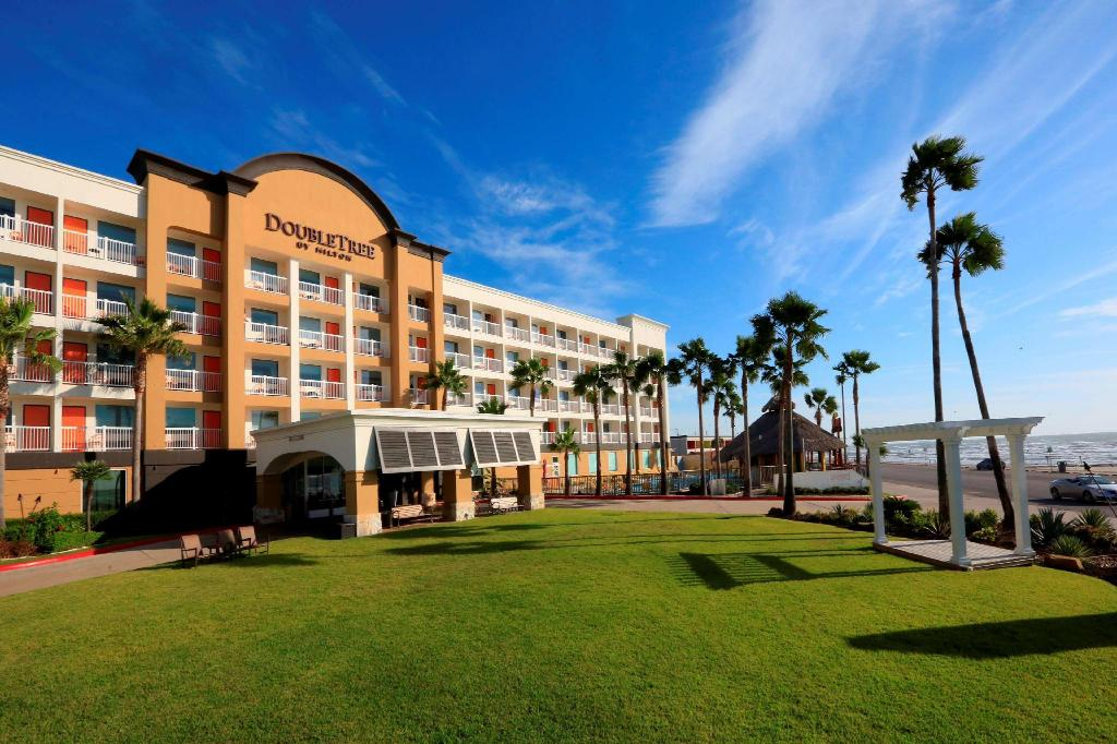 More about DoubleTree by Hilton Galveston