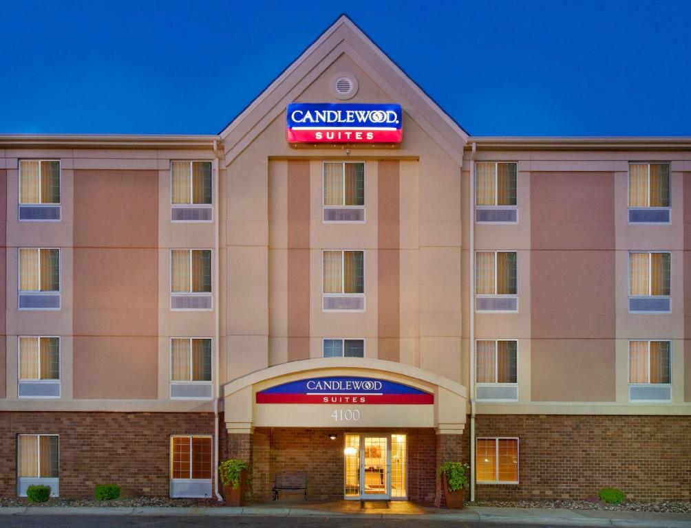 candlewood suites lincoln lincoln ne from 85 save. Black Bedroom Furniture Sets. Home Design Ideas