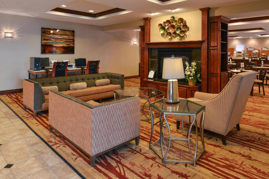 Lobby Holiday Inn Express Hotel & Suites Cherry Hills