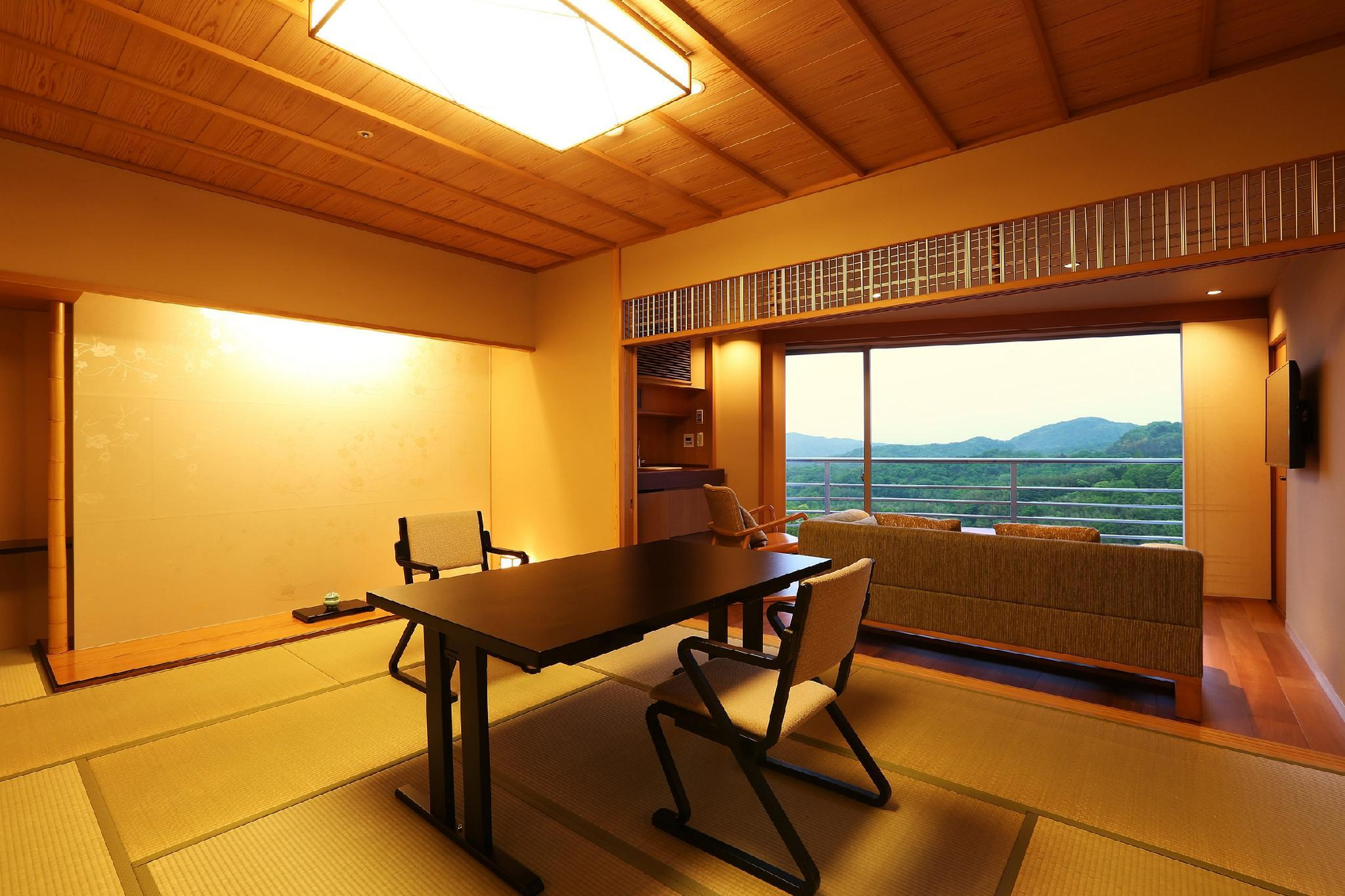 【全新裝修】和洋室客房 - 可住4人/包神戶牛晚餐 (Japanese Western Style Room for 4 People - Kobe Beef Dinner Included, Newly Renovated)