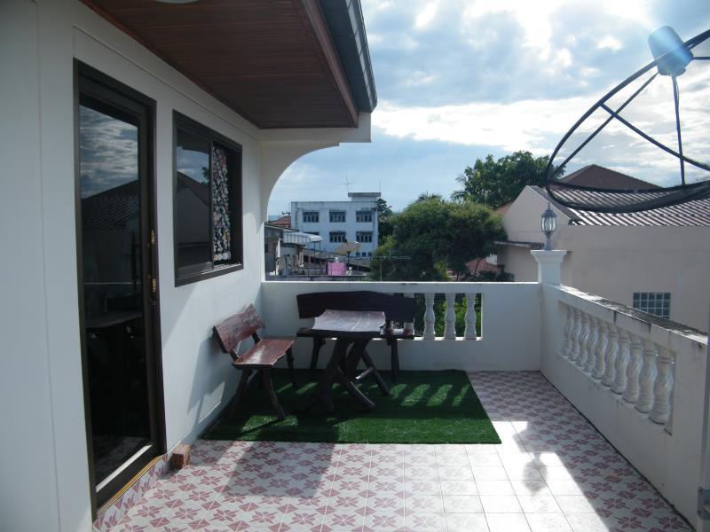 Salle De Bain Commune Booking ~ safehouse hostel in prachuap khiri khan room deals photos reviews