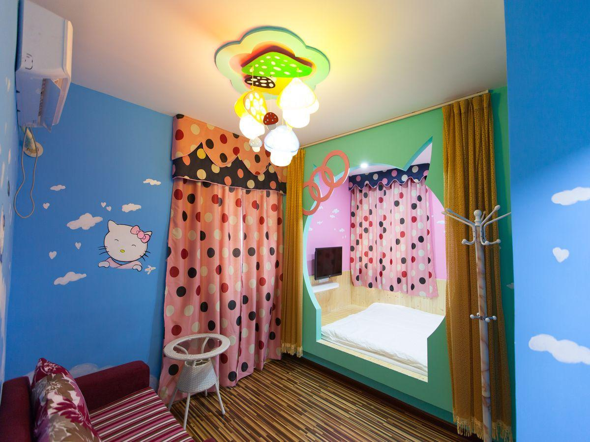 Стая Hello Kitty (Hello Kitty Room)