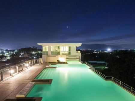 utomhuspool The WIDE Condotel - Phuket