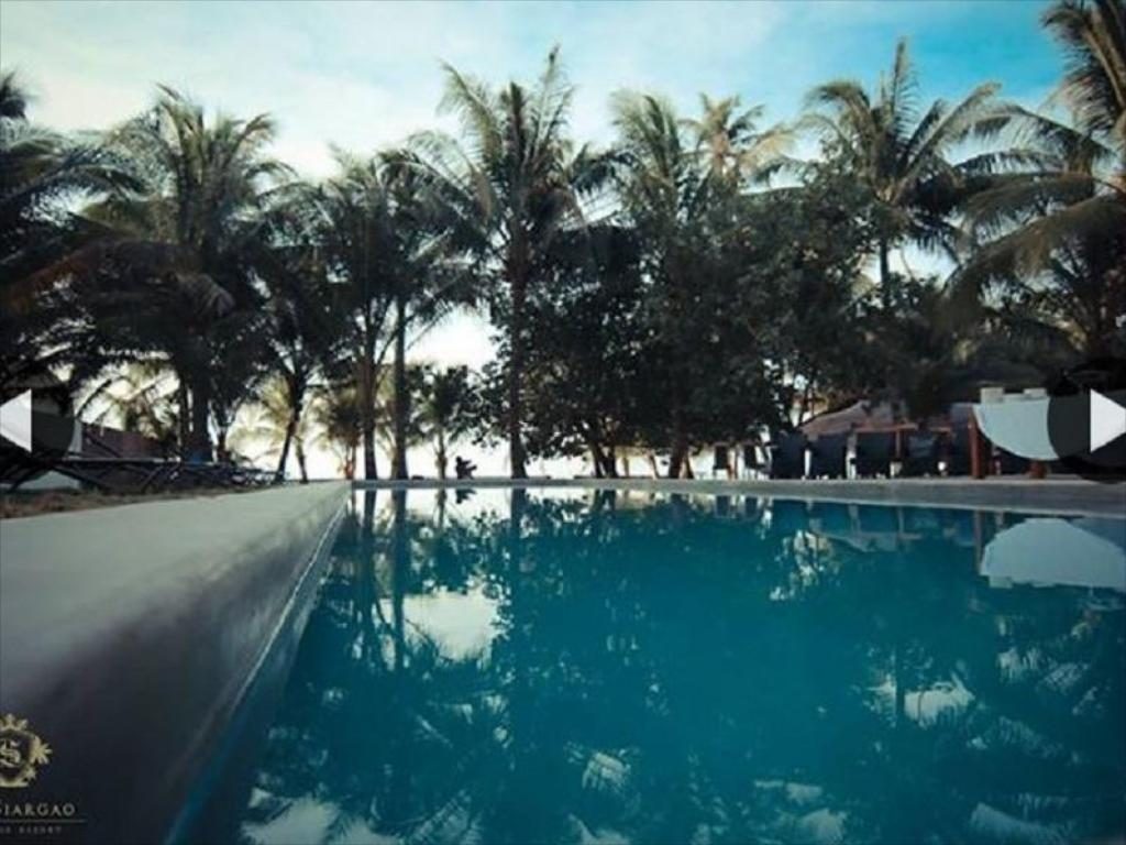 Swimming pool Lux Siargao Boutique Resort