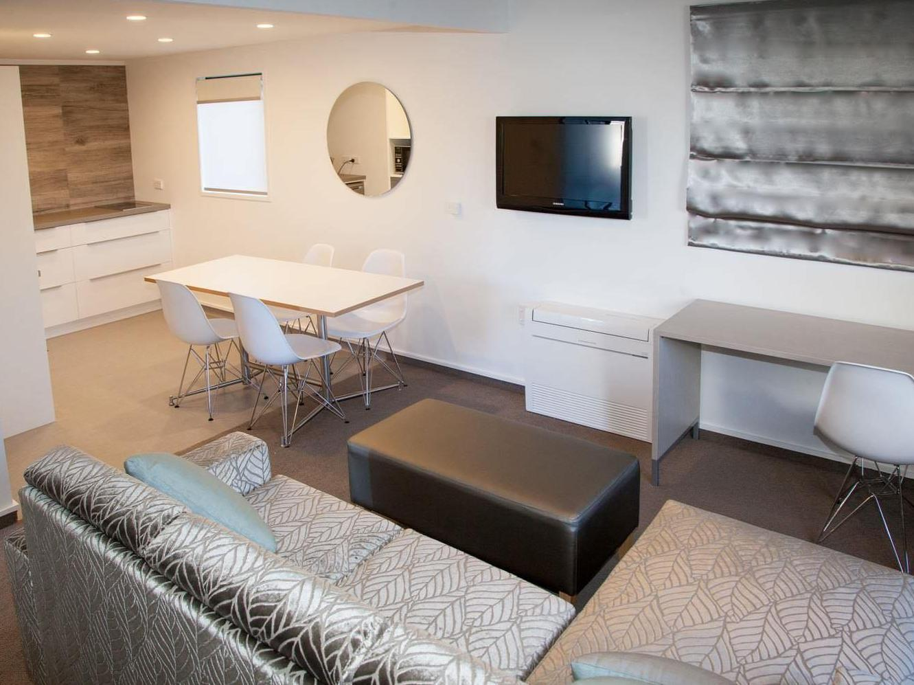 2 Bedroom Family Suite