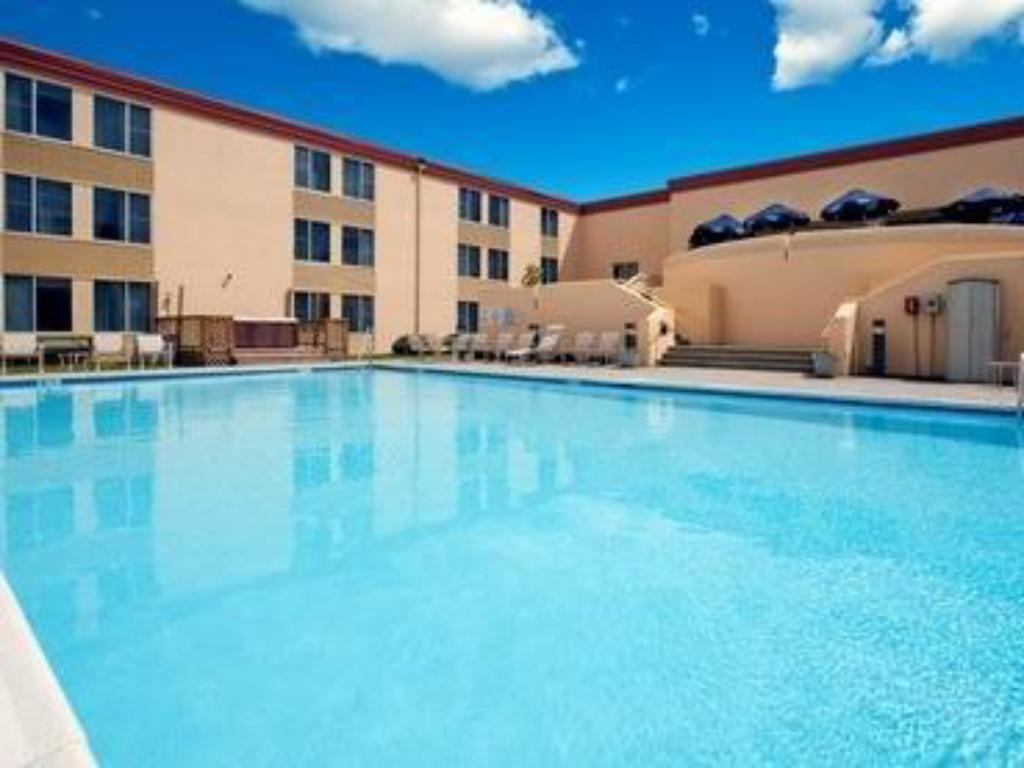 Holiday inn allentown lehigh valley in allentown pa - Holiday inn hotels with swimming pool ...