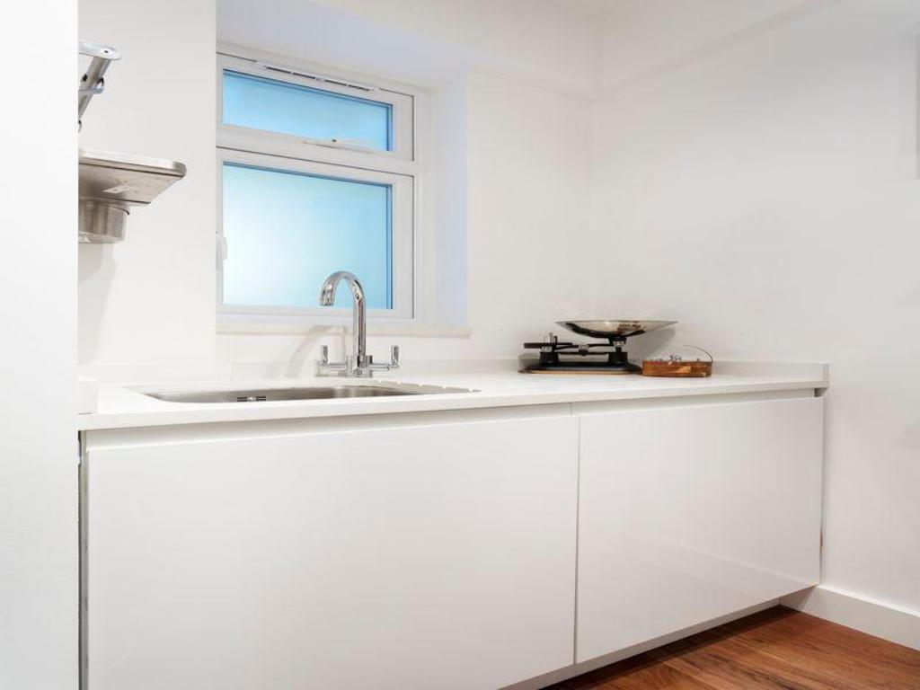 Ванна кімната Veeve  2 Bed Flat On West End Lane West Hampstead