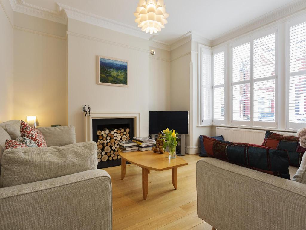 Veeve 3 Bed House On Stapleton Road Wandsworth (Veeve  3 Bed House On Stapleton Road Wandsworth)