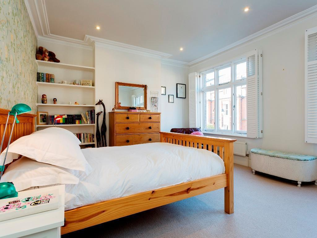Veeve Stylish 4 Bed Family Home On Lisburne Road Hampstead (Veeve  Stylish 4 Bed Family Home On Lisburne Road Hampstead)