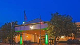 Holiday Inn Perrysburg French Quarter