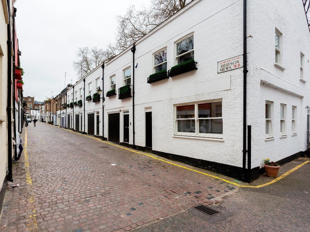 Veeve 3 Bed Mews House Drayson Mews Kensington (Veeve  3 Bed Mews House Drayson Mews Kensington)