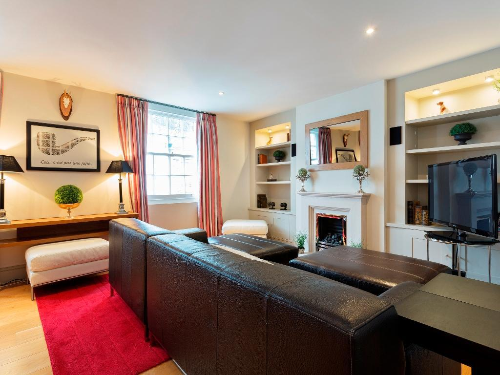 Interiér Veeve 3 Bed Mews House Drayson Mews Kensington (Veeve  3 Bed Mews House Drayson Mews Kensington)