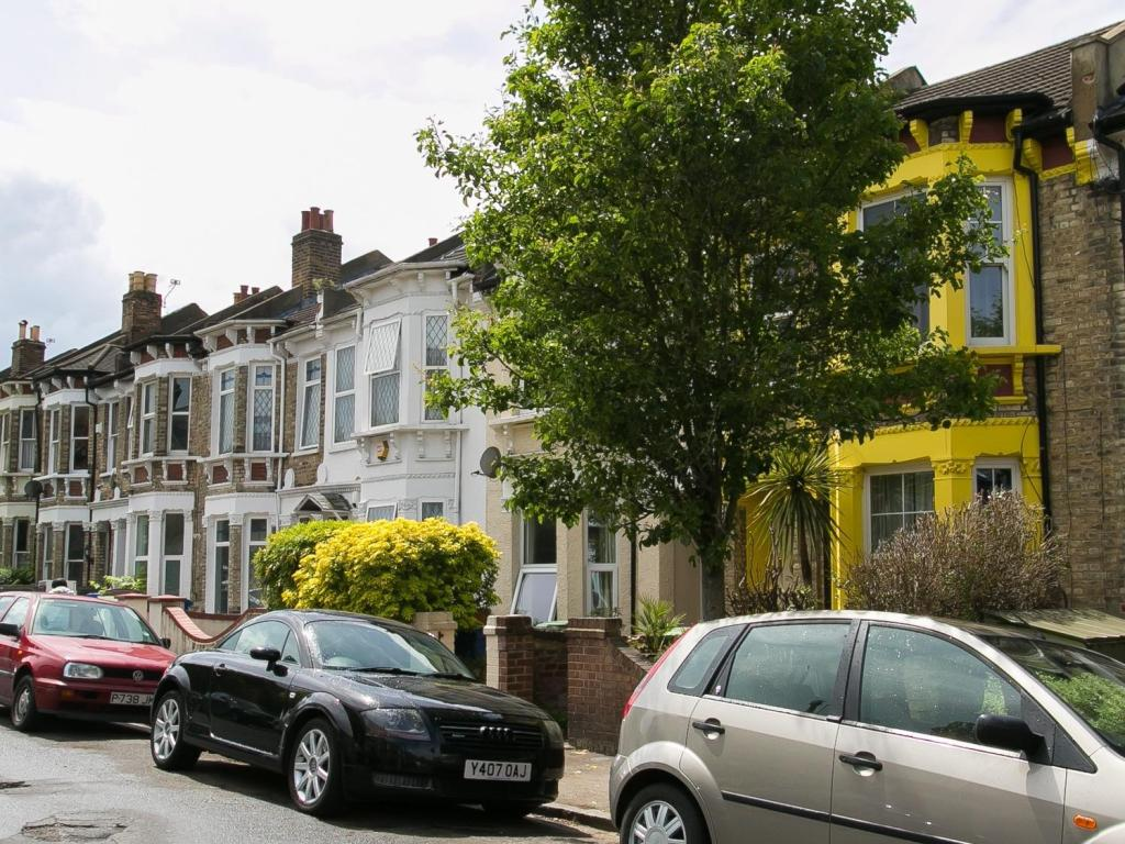 Veeve  4 Bed House On Copleston Road Dulwich