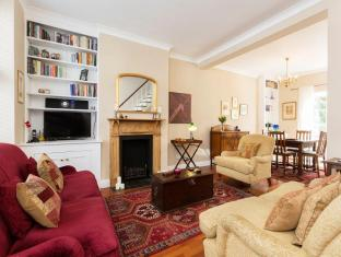 Veeve  Beautiful Bohemian 2 Bed St Charles Square Notting Hill