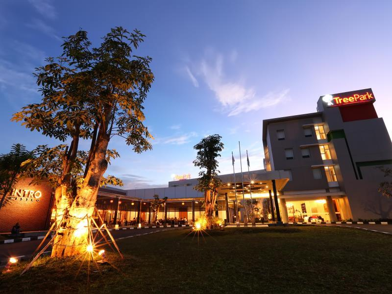 treepark hotel banjarmasin in indonesia room deals photos reviews rh agoda com