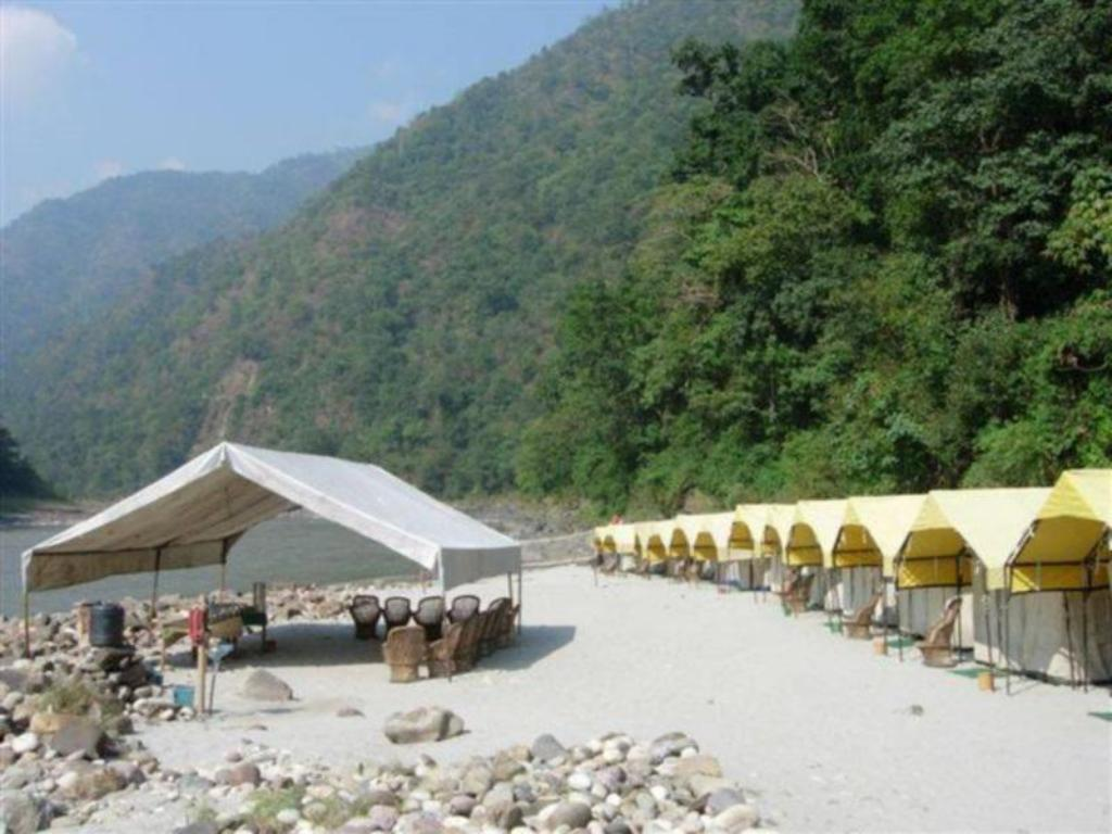 Ganga Banks Camp