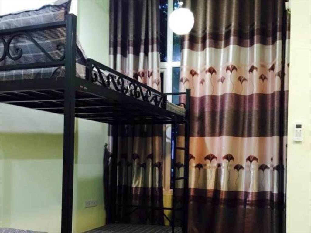 Single Bed in Female Dormitory  - Guestroom