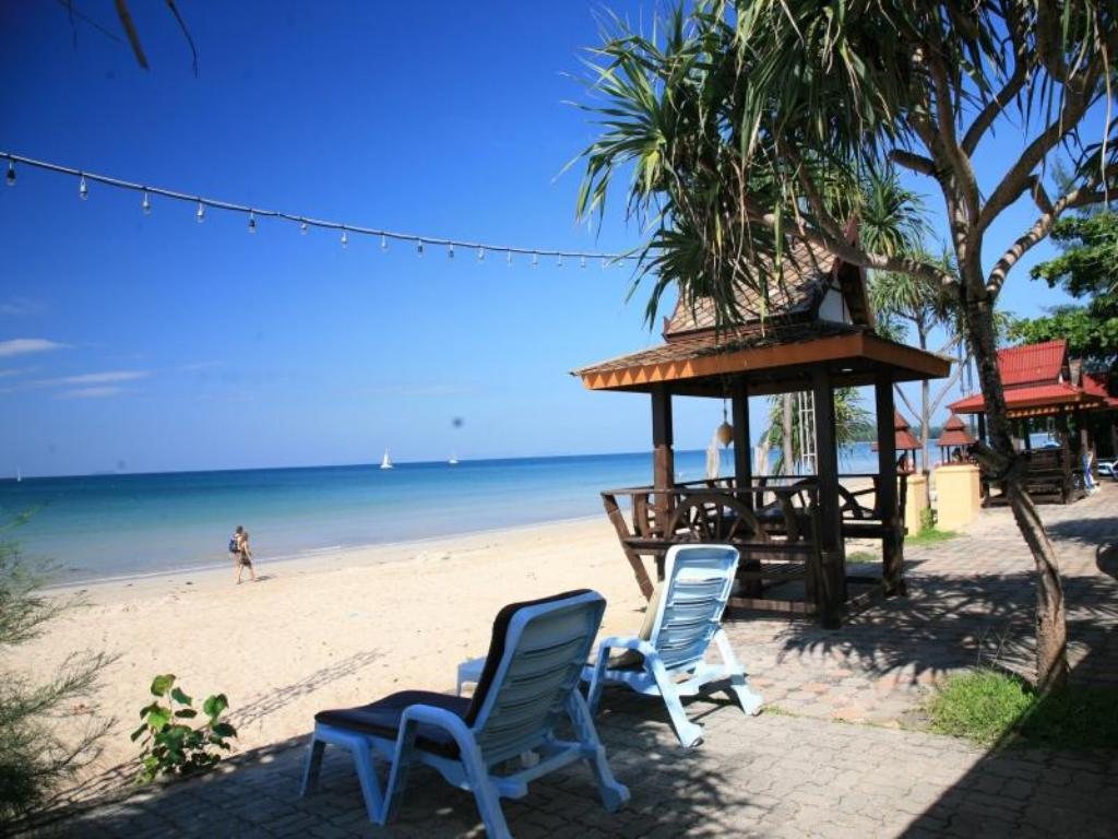 Beach Lanta Sea House