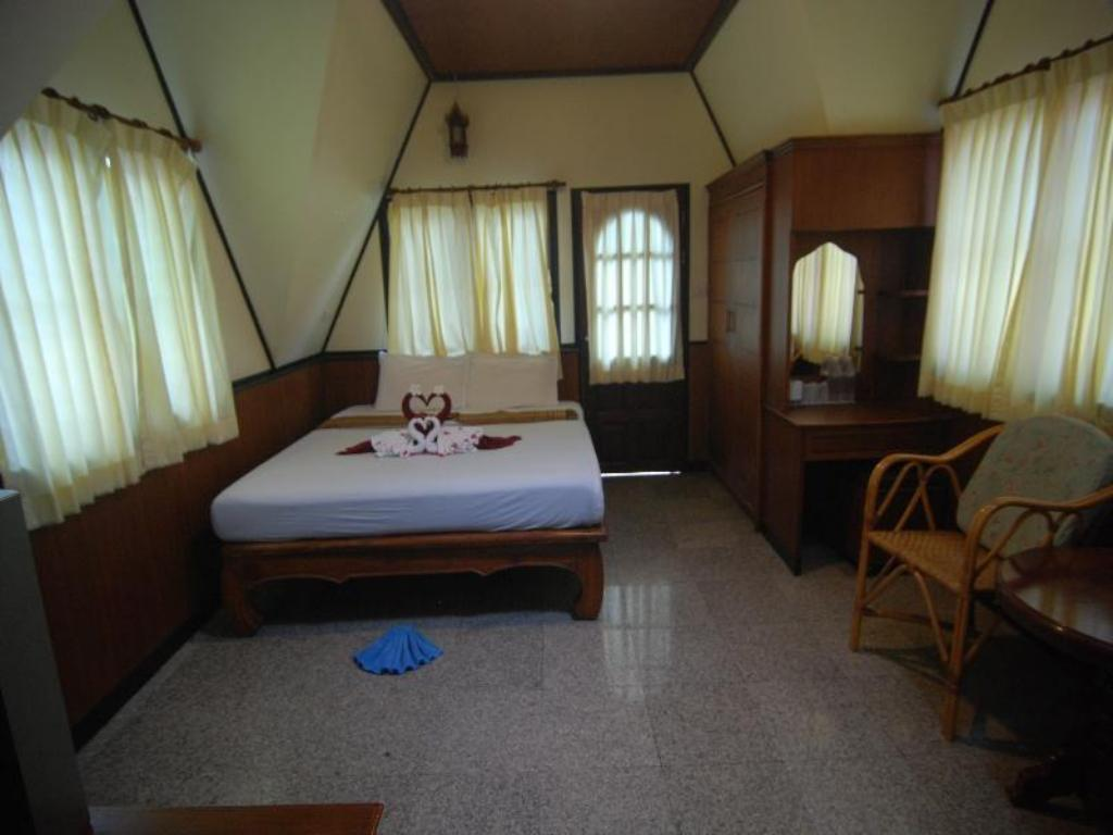 Deluxe 2nd Floor Lanta Sea House