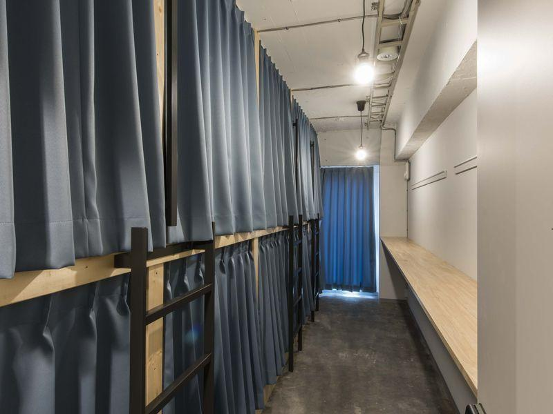 10 Bed Male Dormitory Room