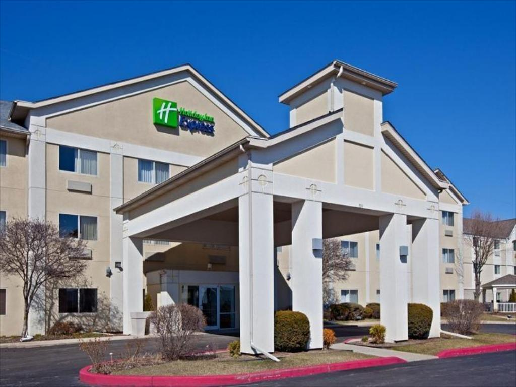 More about Holiday Inn Express Elkhart North - I-80/90 Exit 92