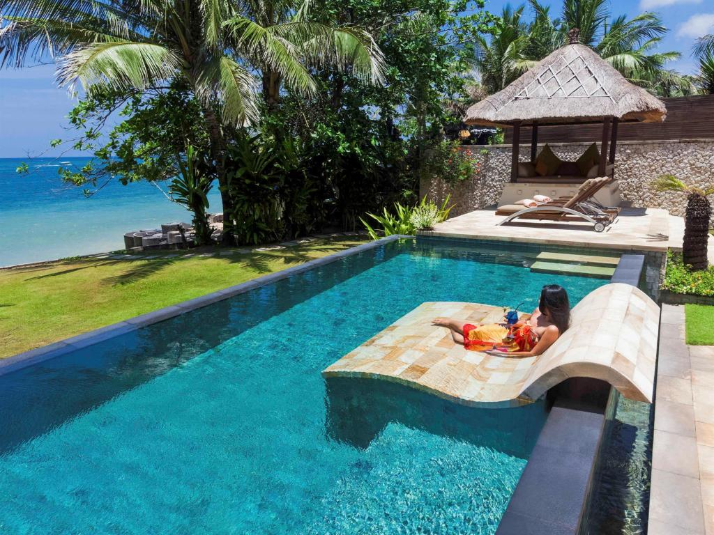 Swimming Pool Novotel Bali Benoa Hotel