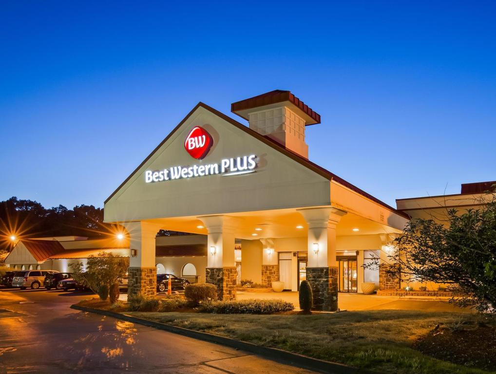 More About Best Western Plus North Haven Hotel
