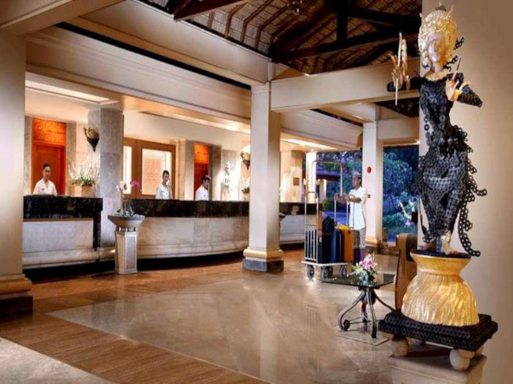 Lobby Nusa Dua Beach Hotel and Spa