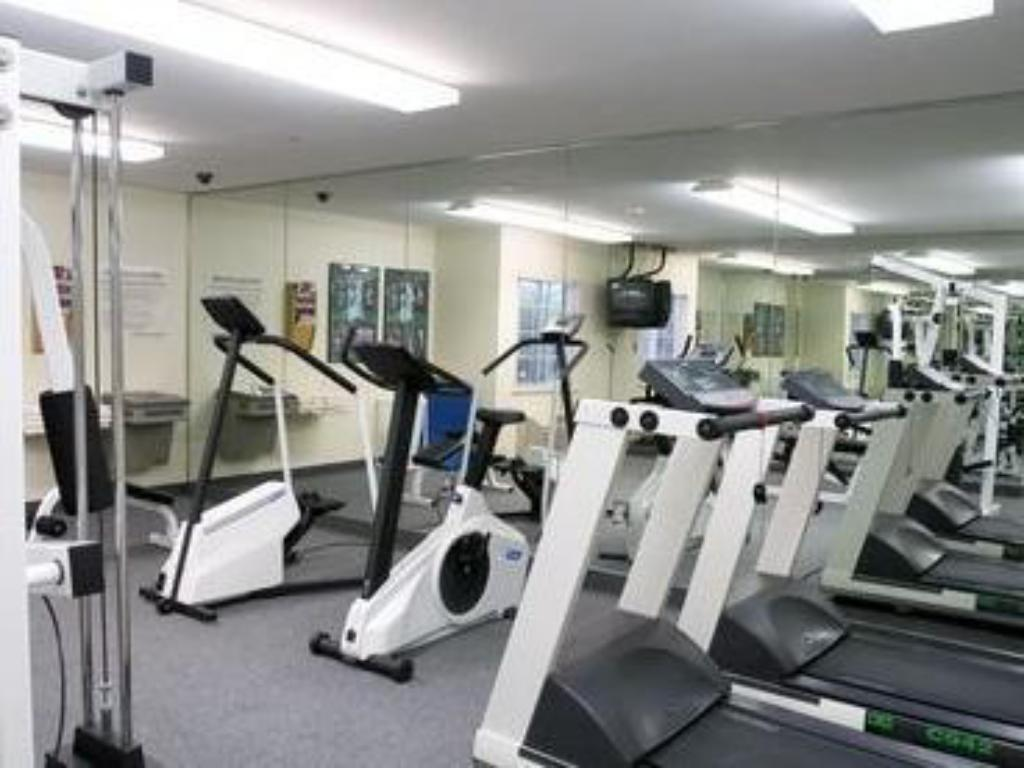 Fitness center Candlewood Suites Cleveland - North Olmsted