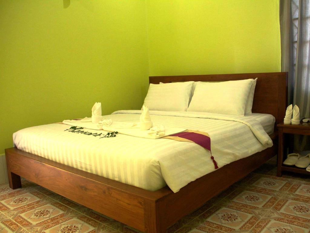 Deluxe Double - Bed Nagara Homestay