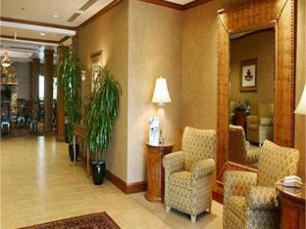 Lobby Holiday Inn Express Hotel & Suites Hagerstown