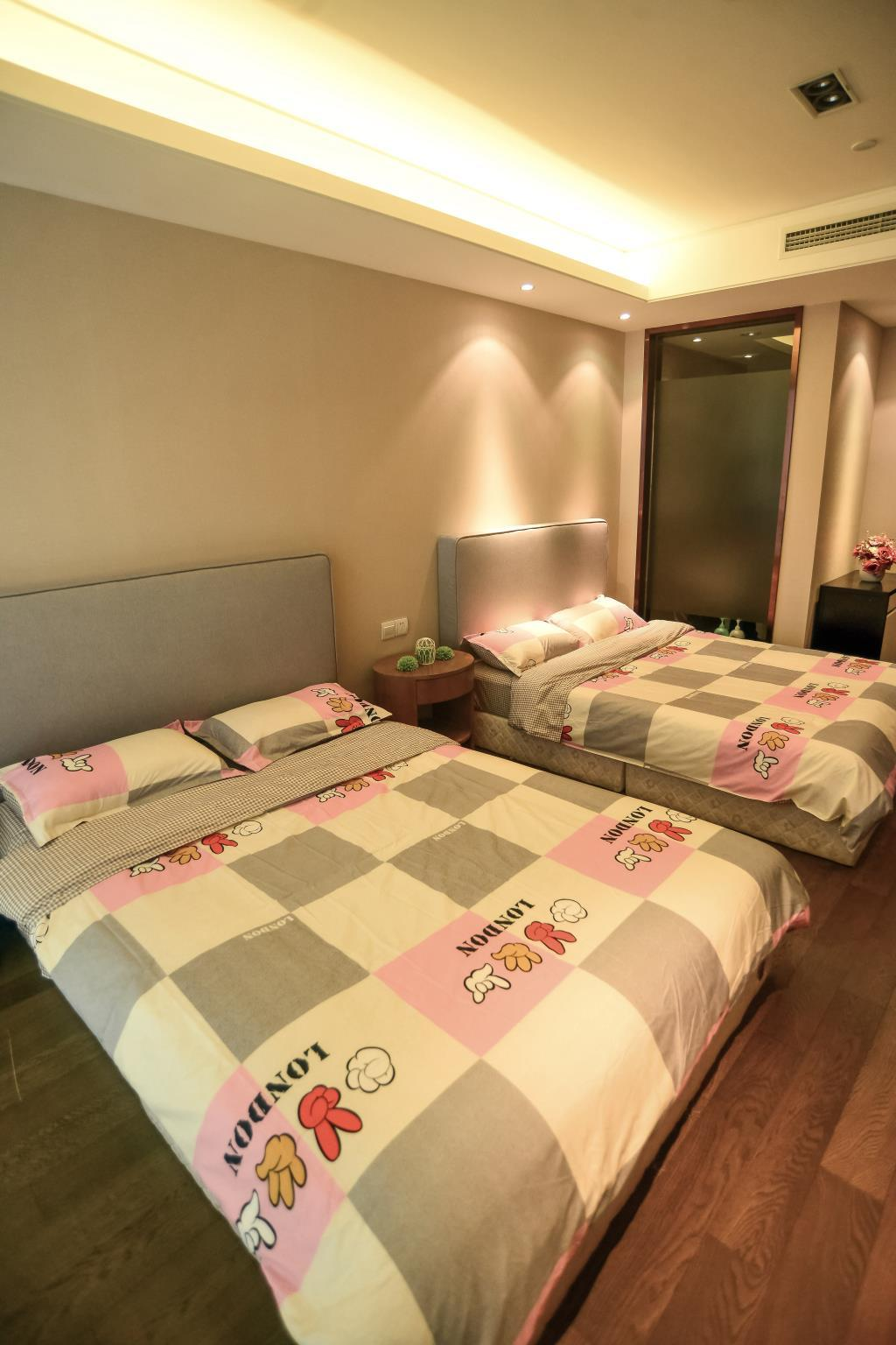 Twin rom, byutsikt (City View Twin Room)