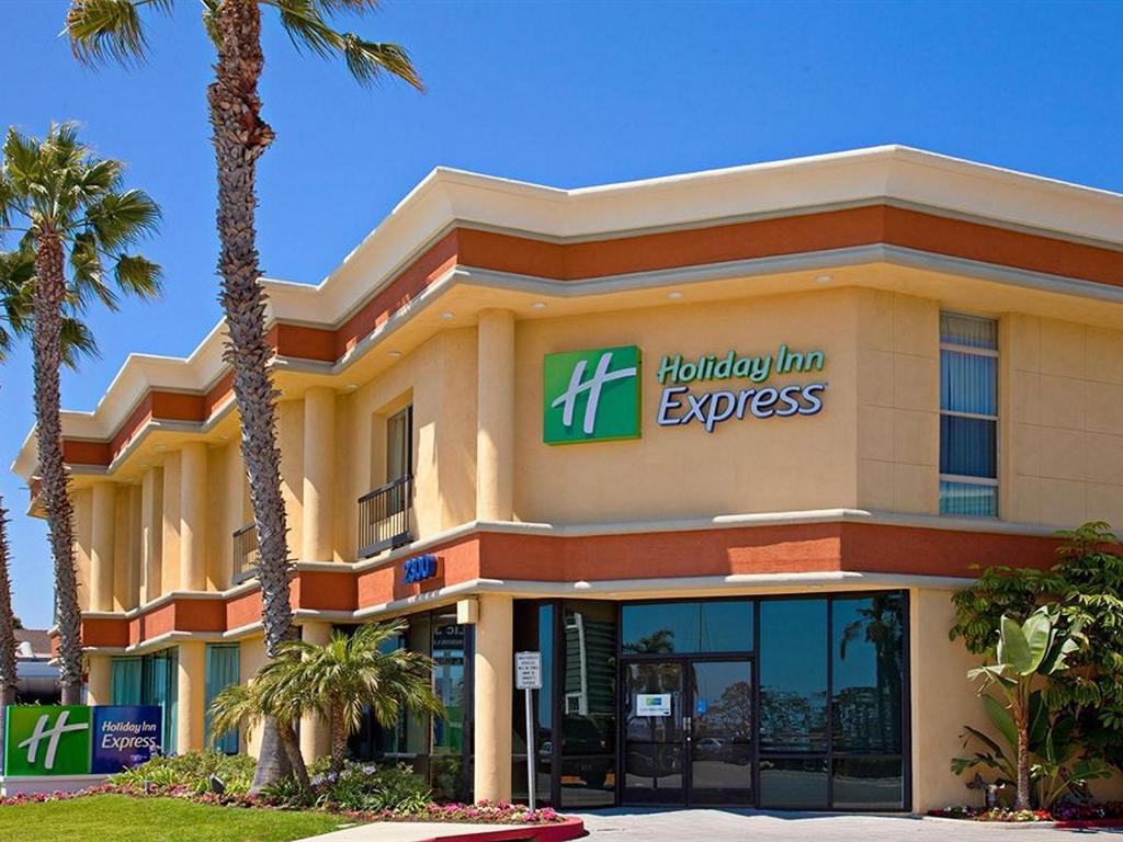 More about Holiday Inn Express Newport Beach