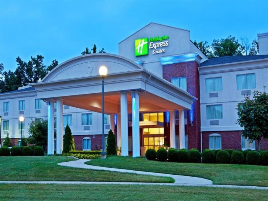 More About Holiday Inn Express Hotel Suites Elizabethtown