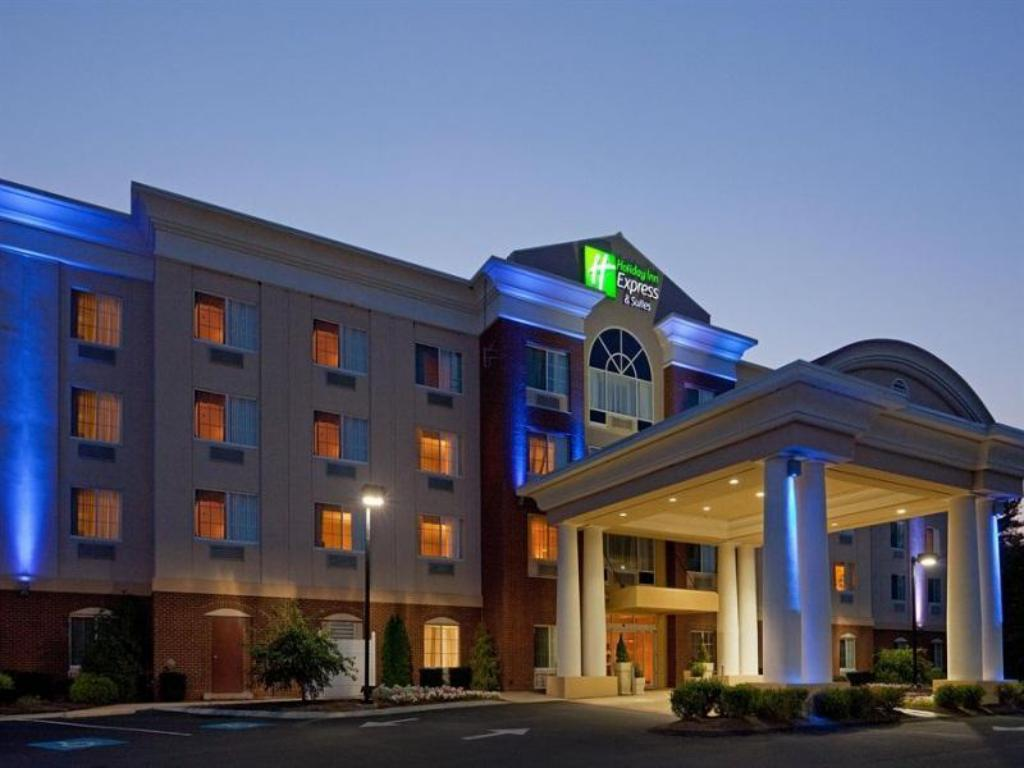 More About Holiday Inn Express Hotel Suites Middleboro Raynham