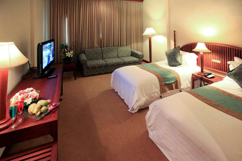 Superior Room With 2 Single Beds - Bedroom Mercure Vientiane Hotel