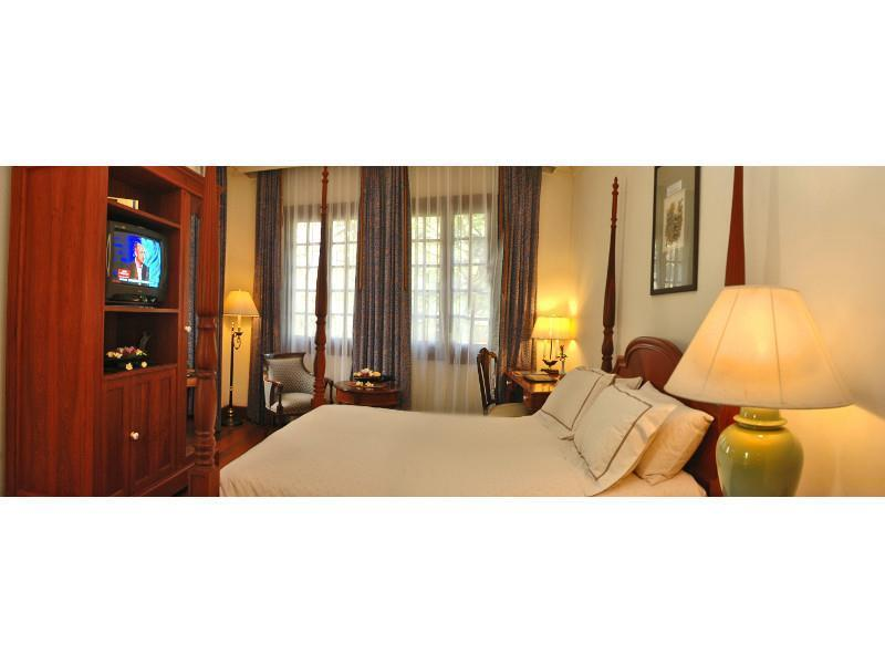 Settha palace in vientiane room deals photos reviews - Settha palace hotel swimming pool ...