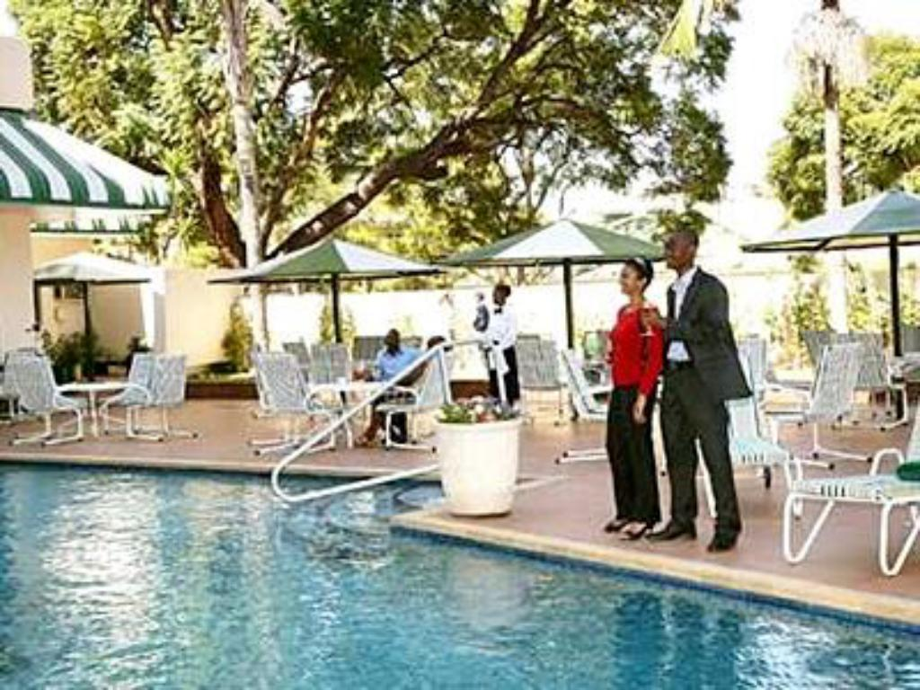Πισίνα Holiday Inn Harare Hotel